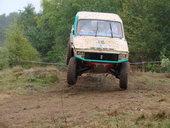 s_jeep-trial-2009-4-10.jpg